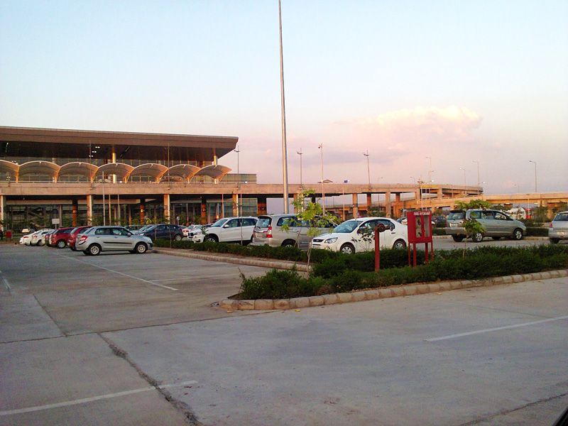 Mohali Airport guide- Parking Lot